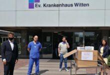 Photo of Baltacı Çifti Almanya'da Maske Dağıtımına Devam Ediyor