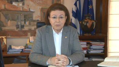 Photo of Yunanistan Kültür Bakanı'ndan Ayasofya Açıklaması