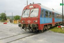 Photo of Raylar Üzerinde Uyuya Kalınca Tren Ezdi