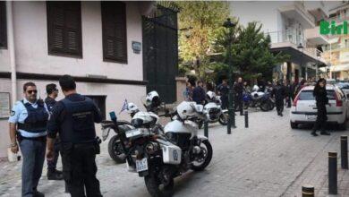 Photo of Selanik Başkonsolosluğu Önünde Hareketli Dakikalar Yaşandı!